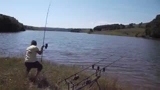 اموزش ماهیگیری با لنسر