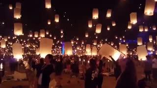 جشنواره بالن آرزو تایلند