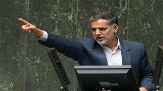 نقوی حسینی نماینده اصولگرا: جاسوس همجنسگرا در قامت یک مجتهد برای ثبتنام در انتخابات خبرگان آمده بود