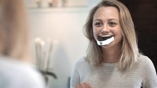 مسواک کردن با هوشمندترین مسواک دنیا تنها در 6 ثانیه