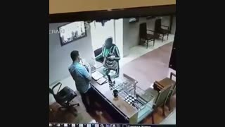 وقتی برای اولین بار میری دزدی