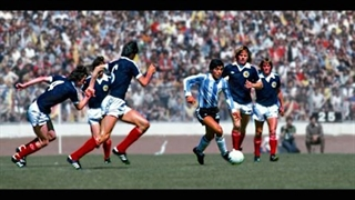 5 دریبلزن برتر تاریخ فوتبال