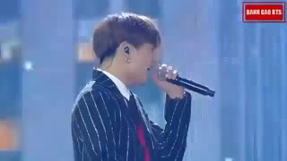 اجرای گروه  BTS به همراه Charlie Puth  در مراسم  MGA 2018
