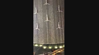 آبشار در دبی مال