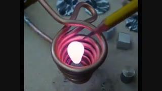 ذوب کردن فلز با الکترومگنت