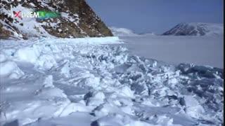 مجموعه سیاره انسانها ، صید صدف در زیر تکه یخ های عظیم بر اثر جزر و مد