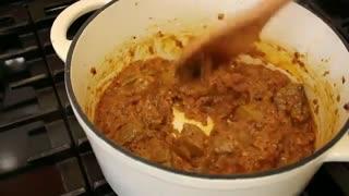 خوراک لوبیا سبز یکی از غذاهای  لذیذ و خوشمزه  شناسنامه دار ایران به سبک آشپزی با نیلوفر