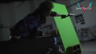 ویدئویی لایو اکشن از محتویات نسخه Deluxe عنوان Devil May Cry 5