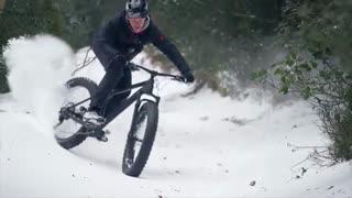 دوچرخه سواری روی برف