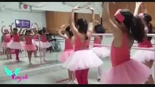 خانه بازی کودک_کرج _ماداگاسکار _ تمرین رقص کودک