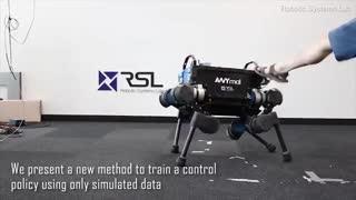 این سگ رباتیک به زانو درنمیآید!