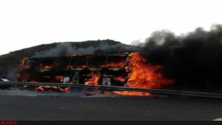 آتشسوزی اتوبوس در آزادراه تهران - کرج