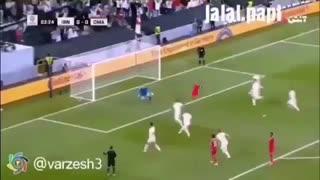 دوبله لری مهار پنالتی توسط علیرضا بیرانوند در بازی ایران عمان