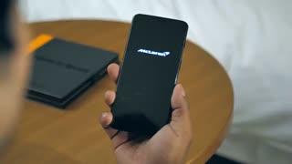 بررسی و معرفی OnePlus 6T McLaren