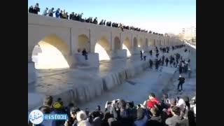 استقبال مردم اصفهان از ورود آب به زاینده رود