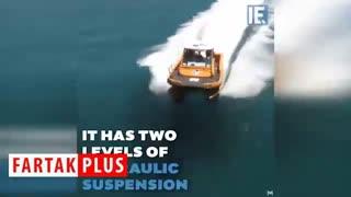 قایقی که امواج دریا را خنثی میکند