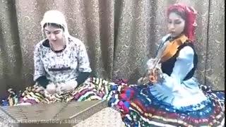 اجرای آهنگی زیبا از استاد حسن صبا