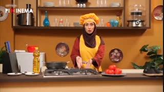 سکانس کمدی عطسه ، ۸۵ اسپانسر برنامه آشپزی برای طرز تهیه املت اسپانیایی