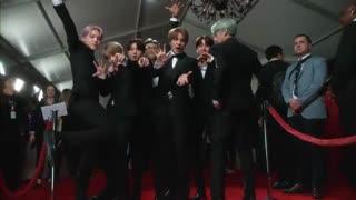 عکس گرفتن با حال بی تی اس در فرش قرمز مراسم Grammy