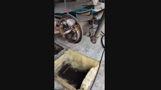 نحوه استفاده از  اسپری تمیز کننده  ترمز گات Brake Service with GAT brake cleaner  KARIZSHOP.COM  کاریزشاپ
