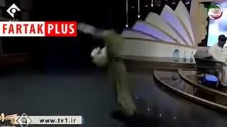 حرکات عجیب مهمان علی ضیاء در برنامه فرمول یک +فیلم