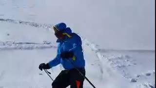 اسکی زیبا و دیدنی  آقای هادی احوال در پیست اسکی شیرباد