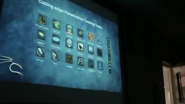 کارگاه آشنایی با توزیع Kali Linux