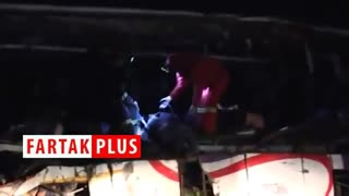 ۳۶ کشته و زخمی در تصادف اتوبوس و کامیون