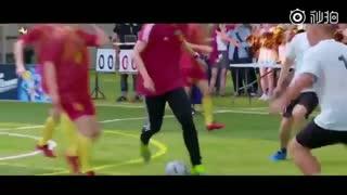 فوتبال بازی کردن لوهان