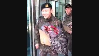 INFINITE-Kim Sung Kyu-وقتی لیدرمون در رو نمیبنه ههههههه