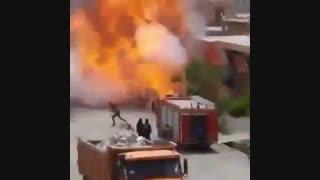 انفجارخودروی پیکان هنگام سوختگیری با کپسول گاز