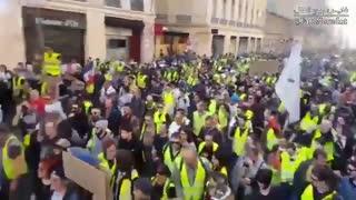 خشونت علیه معترضان در فرانسه