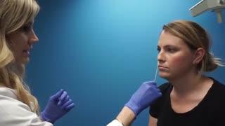 تزریق ژل فیلر اولترا برای لب