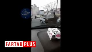اقدام عجیب و خطرناک راننده پراید در حمل بار!