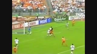 گل فوقالعادۀ فانباستن در فینال یورو 1988