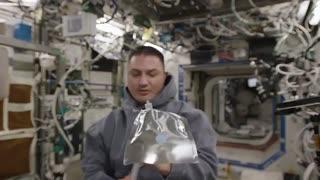 پرینتر سه بعدی و نوشیدن قهوه در فضا!