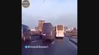 ویراژ با تریلی