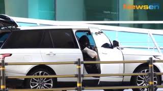 نفس بی نام(پارک شین هه)اکنون وارد فرودگاه کره شد 2019 FULL HD کمیاب ویدیو کامل