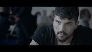 تیزر فیلم کمدی ژن خوک با بازی هادی حجازیفر و سینا مهراد