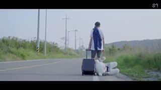 موزیک ویدیو White noise از آمبر لیو