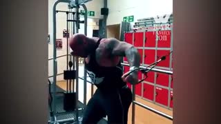 Unreal BODYBUILDER-MUTANT went to the GYM
