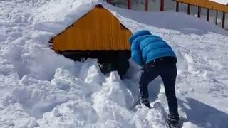 بارش سنگین برف در بام خراسان پیست اسکی شیرباد  دولت آباد  (مشهد)