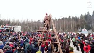 فستیوال سنتی برف بازی در روسیه