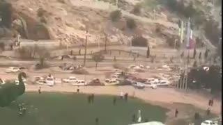 هم اکنون - جاری شدن سیلاب وحشتناک در دروازه قرآن شیراز