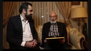 اهداء حکم دبیر افتخاری و حامی معنوی جشنواره پرواز
