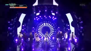 Stray kids-victory song-stage