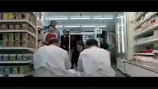 میکس فیلم  کمدی سیاسی چهار انگشت ( جواد عزتی - امیر جعفری )