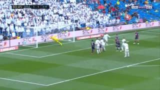 گل دوم رئال مادرید به ایبار توسط کریم بنزما