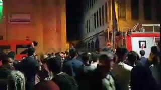 وضعیت خیابان دارایی و ازدحام خودروهای امدادی در تبریز