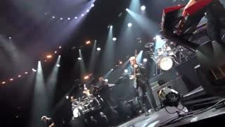 اجرای زنده و با شکوه از گروه شیلر